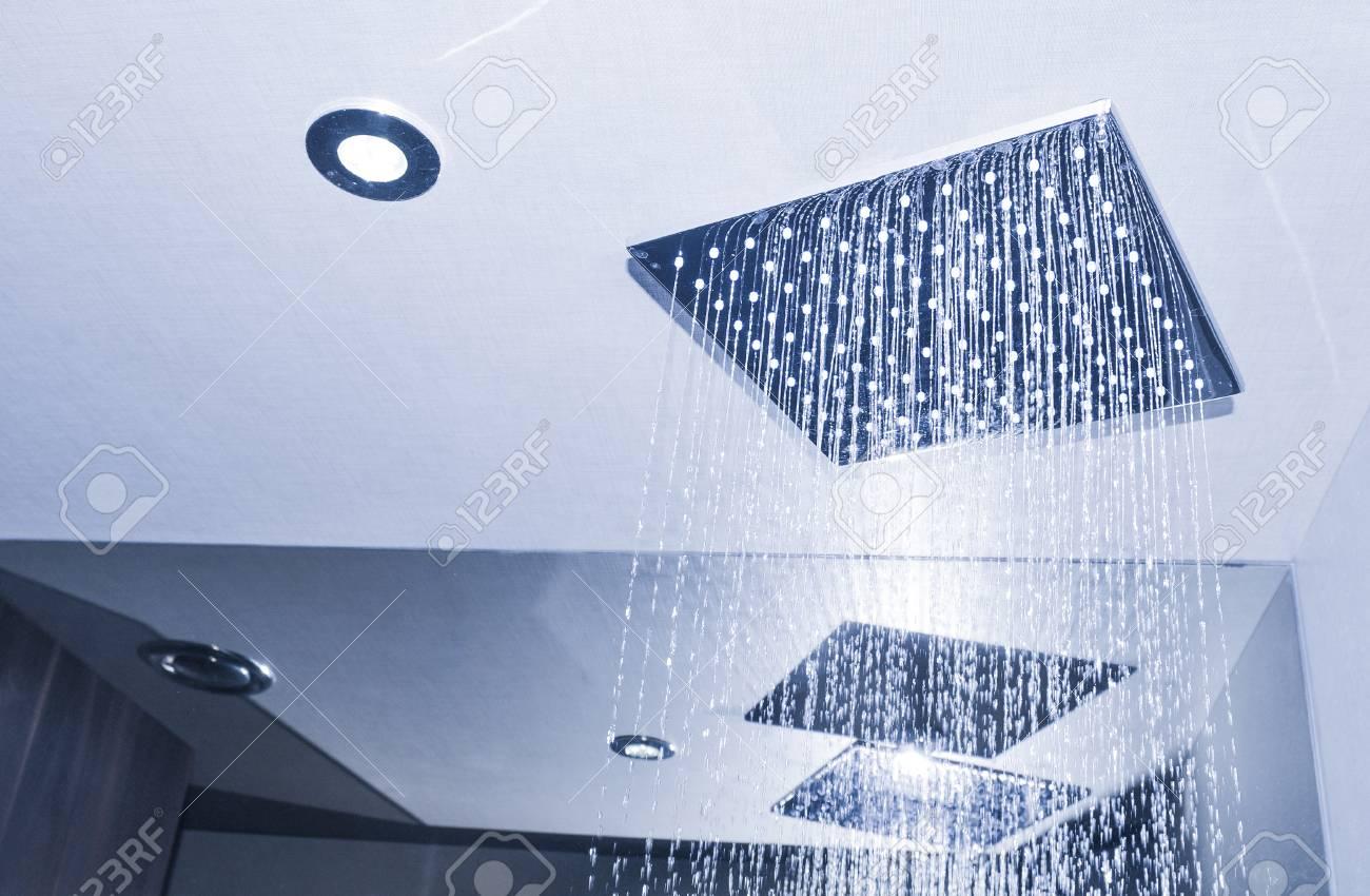 Detail of modern ceiling shower - 96362065