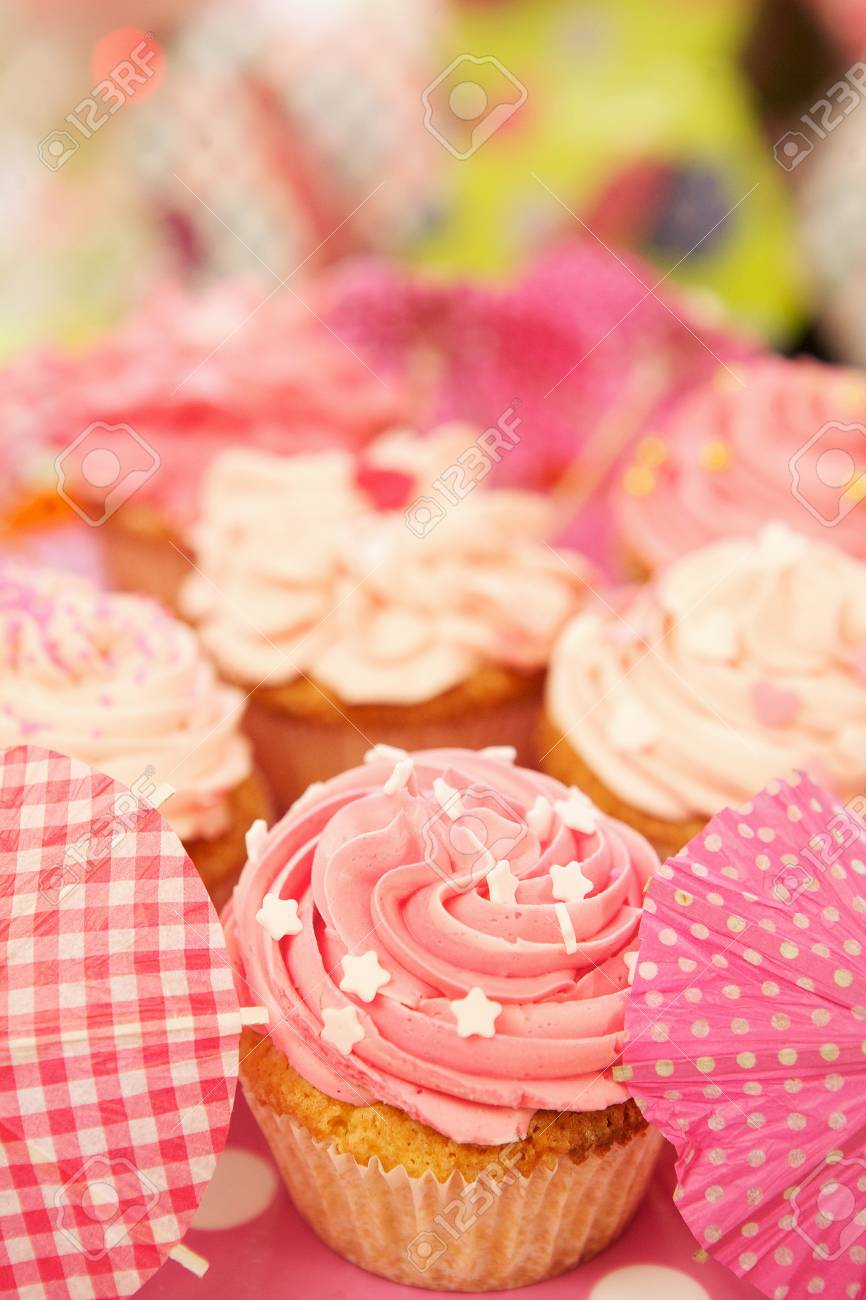 Close up cupcakes decorated with sprinkles and frosting Stock Photo - 18561152
