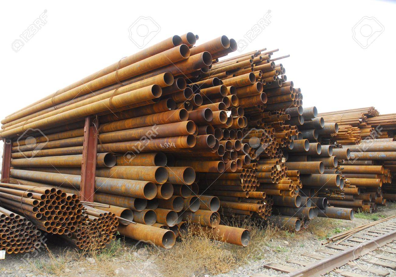 Many rusty pipes of Russian factory Stock Photo - 3092866