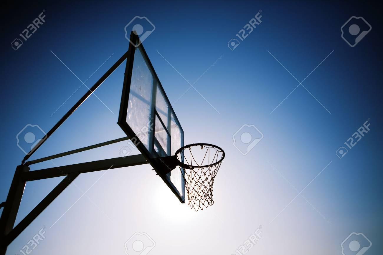 basketball hoop - 15906728