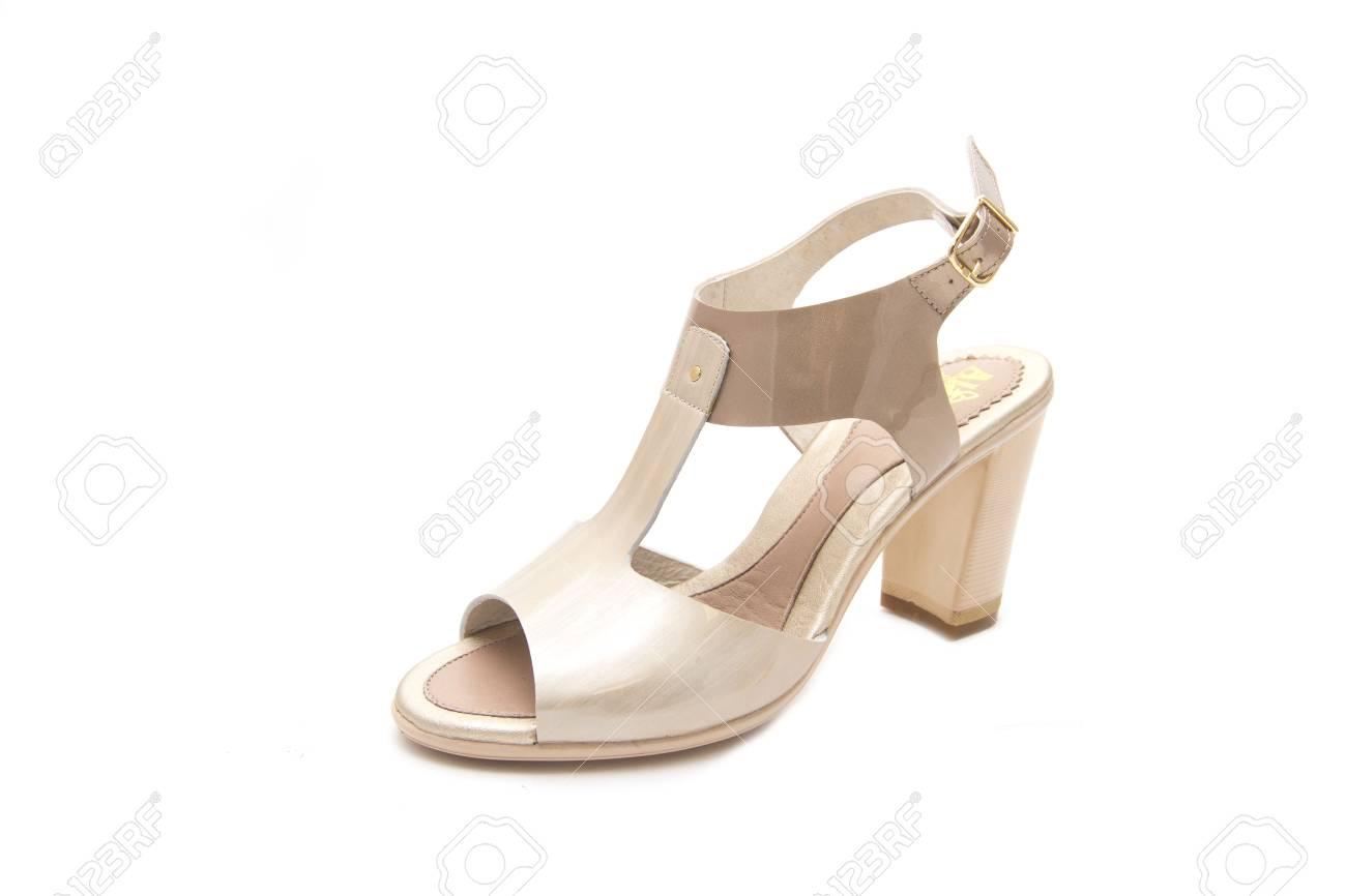 Agradable Blanco Zapatos Tacón Alto Aislados Medio En De Mujer vwEREPqTB