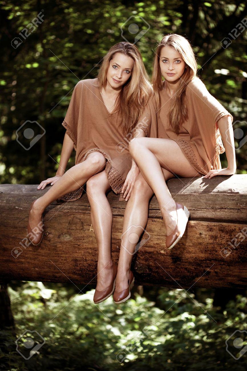 Teen twins pics