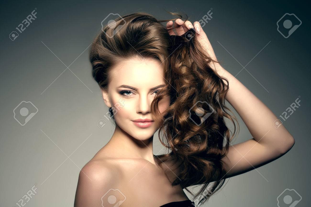 Model With Long Hair Waves Curls Hairstyle Hair Salon Updo - Haircut girl model