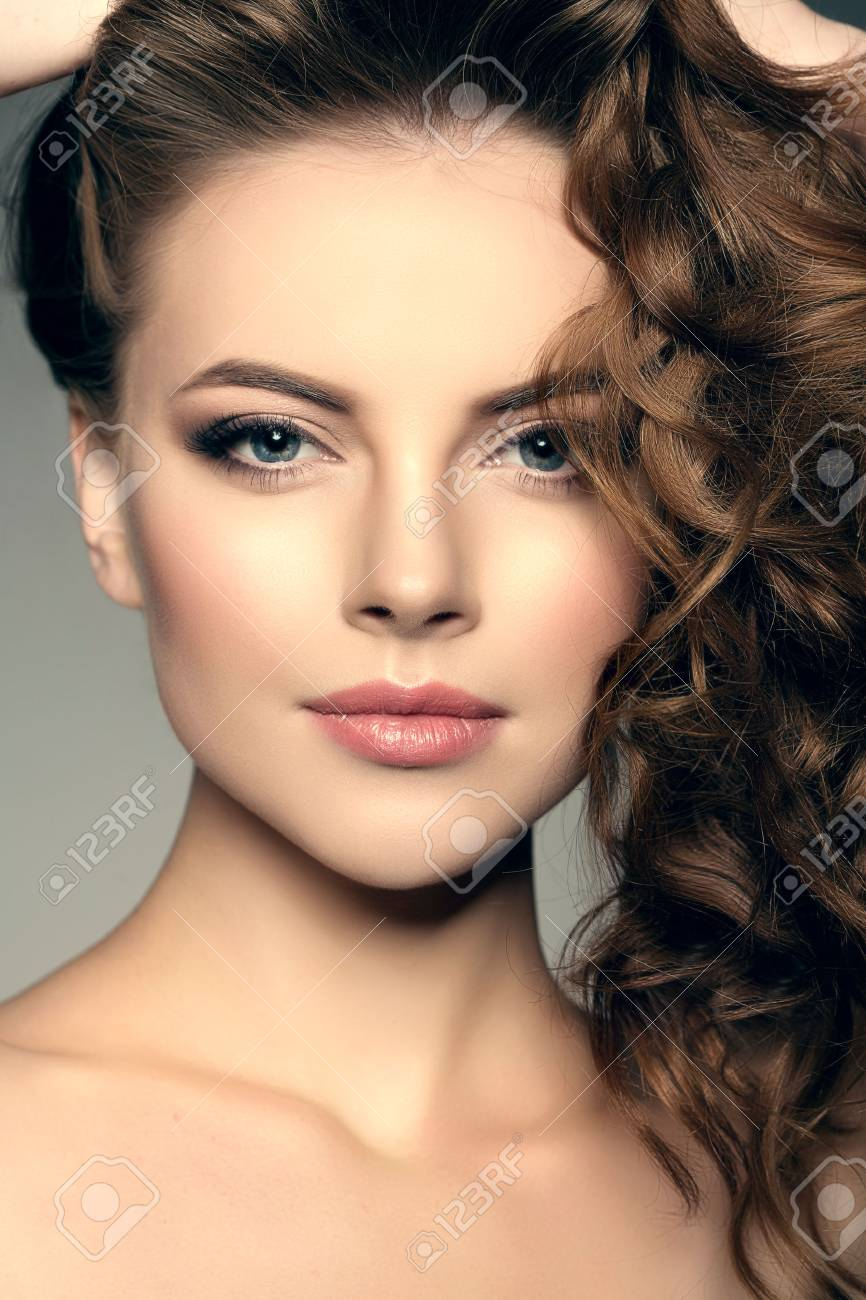 Model With Long Hair Waves Curls Hairstyle Hair Salon Updo