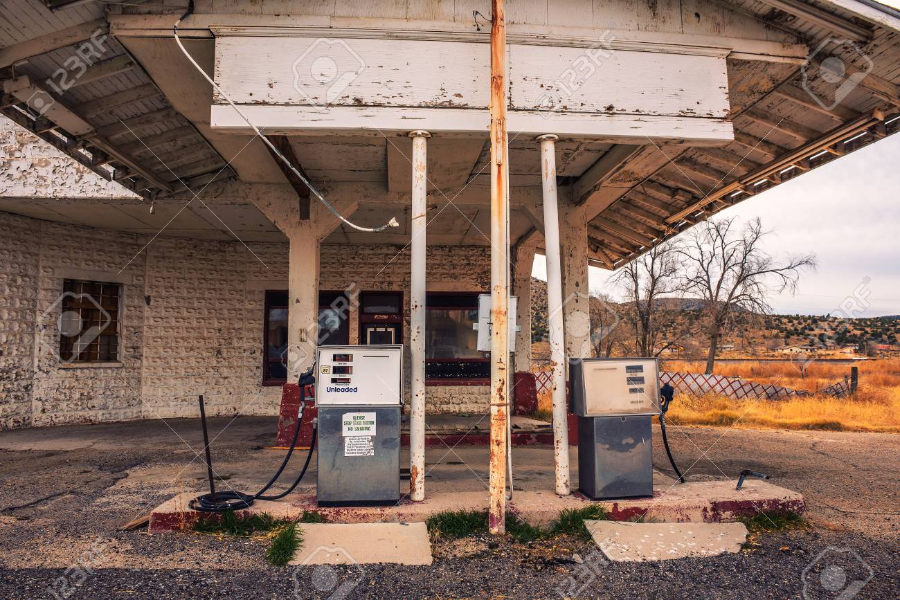 Abandoned Gas Station On Historic Route 66 In Arizona Stock Photo Picture And Royalty Free Image Image 118385121