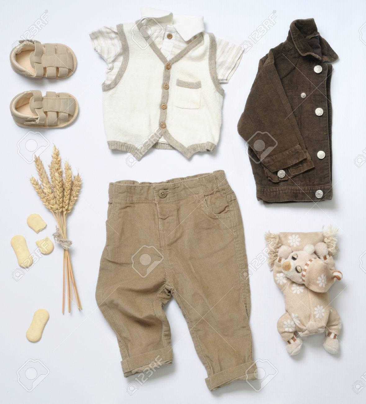 Spullen Voor Baby.Bovenaanzicht Mode Trendy Look Van Babykleertjes En Speelgoed