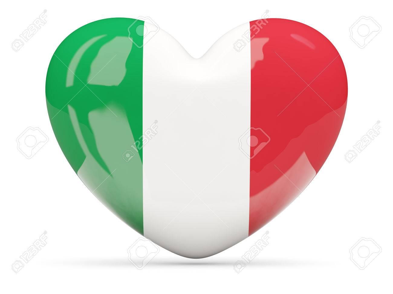 coeur icone en forme de drapeau de l italie isole sur blanc