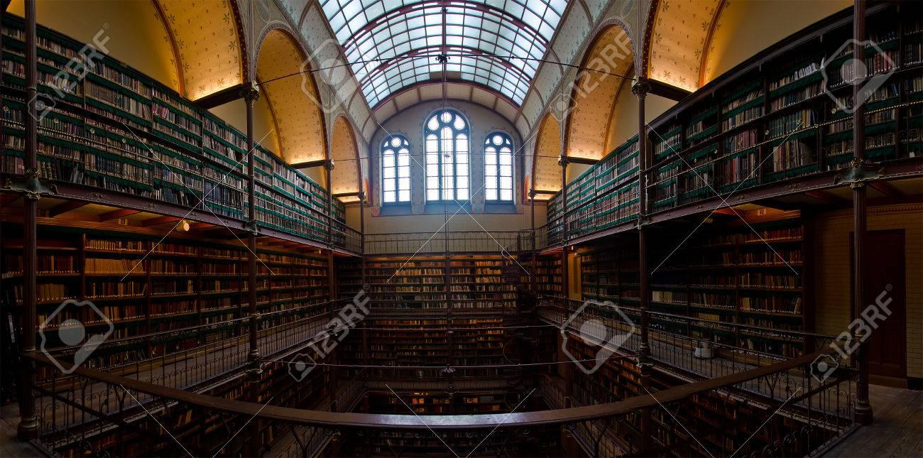 https://previews.123rf.com/images/misima/misima1406/misima140600003/29590044-interior-of-old-library-in-rijksmuseum-amsterdam-holland.jpg