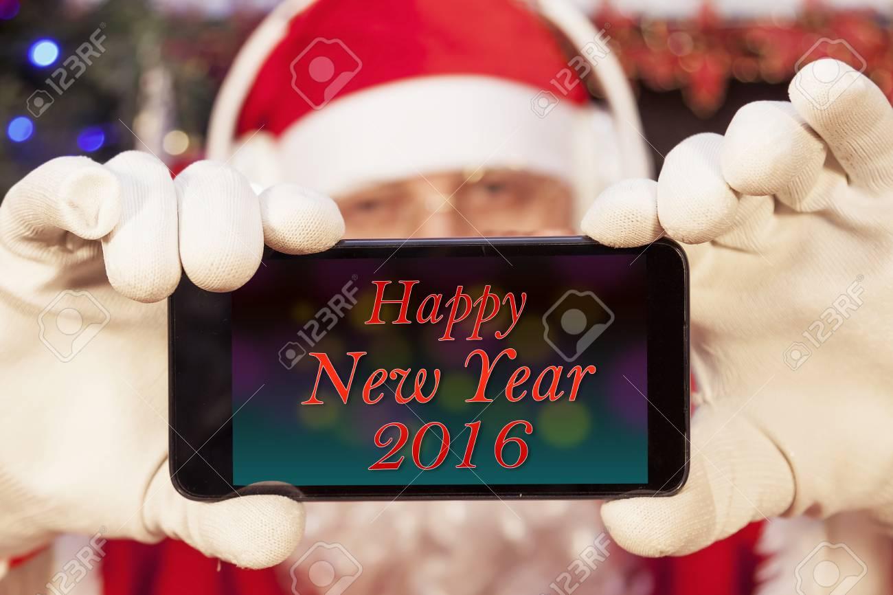 Weihnachtsmann-Grüße Frohes Neues Jahr Auf Einem Smartphone-Display ...