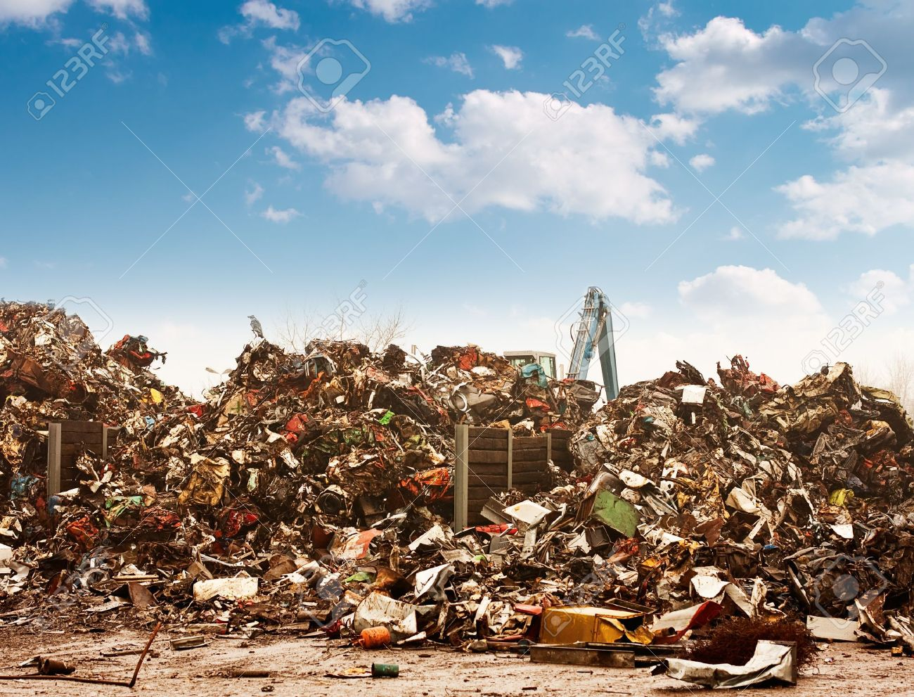 Car recycling to the dump. Stock Photo - 8179553