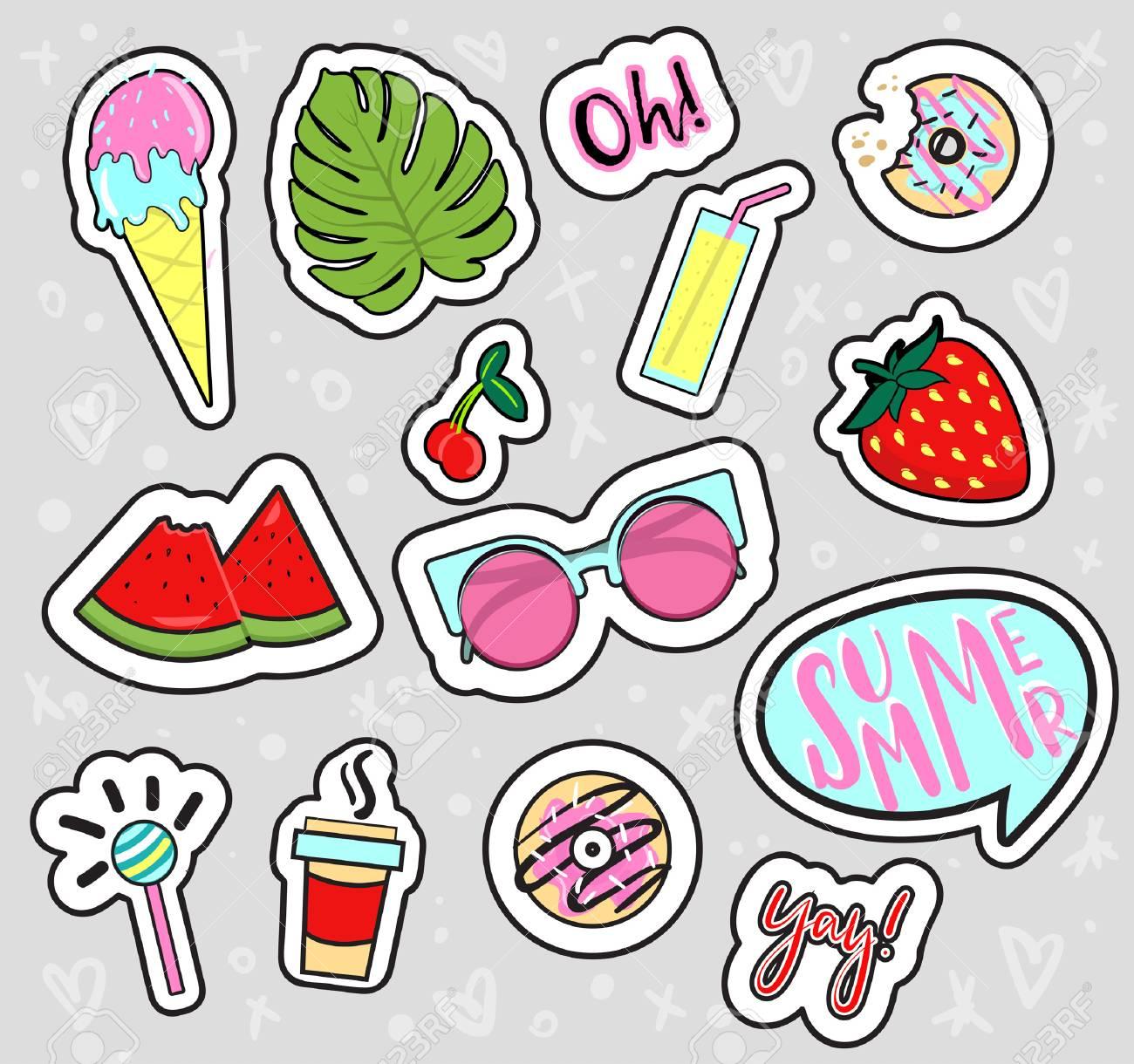 Conjunto De Parches De Verano Dibujados A Mano Pegatinas Insignias Fresa Hoja De Palma Jugo Cóctel Gafas De Sol Helados Donuts Café Frases