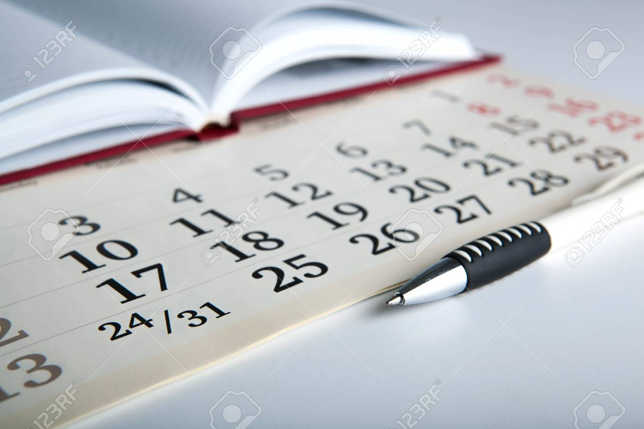 Jours Calendaires Avec Numeros Et Plumes Proches Banque D Images Et