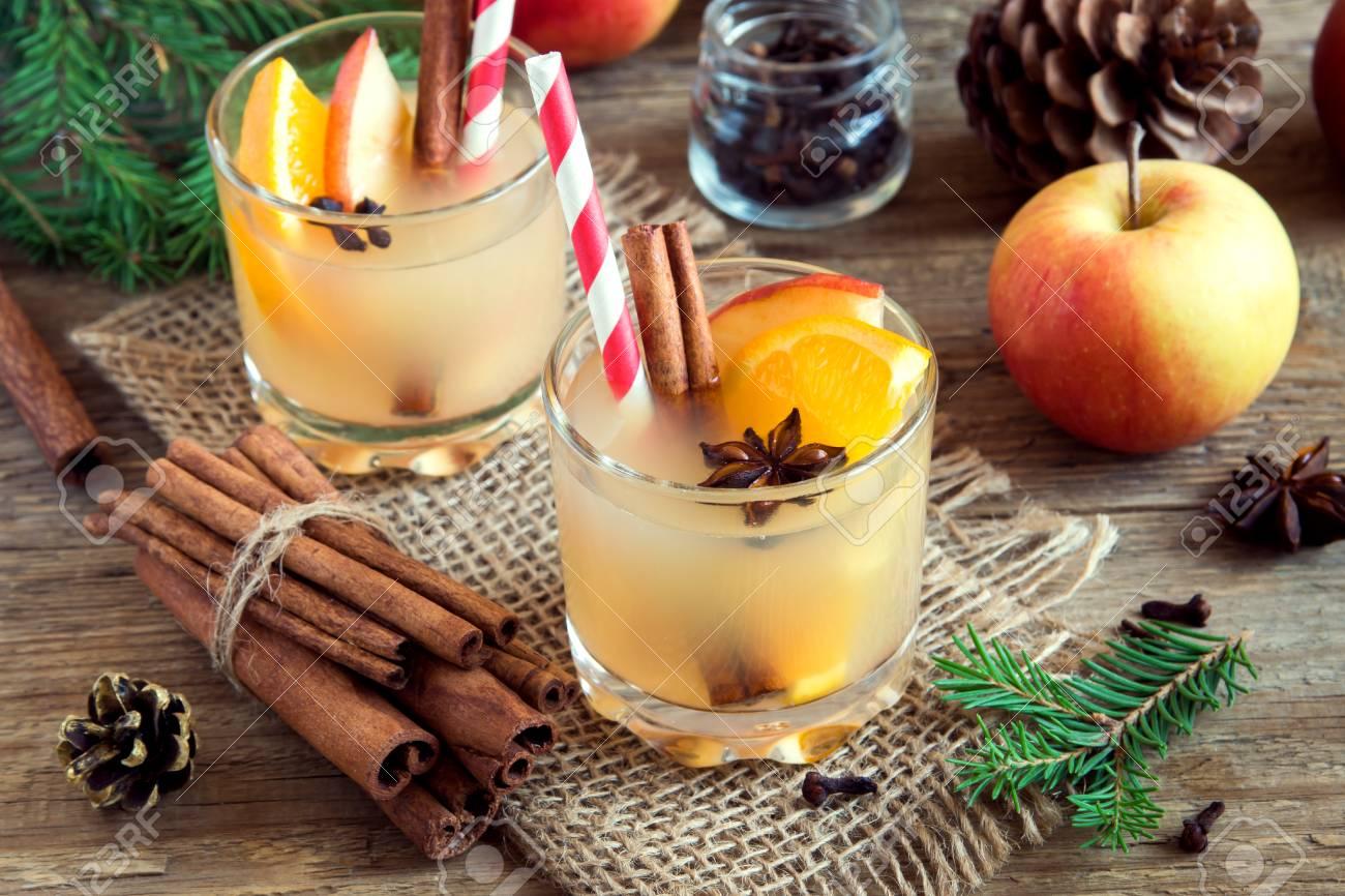 Hot Toddy Getränk (Apfel Orange Rum Punch) Für Weihnachten Und ...