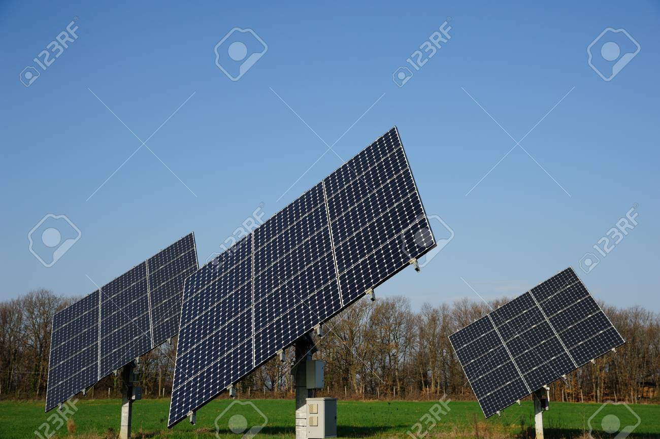 A group of solar panels in the green Stock Photo - 12957166