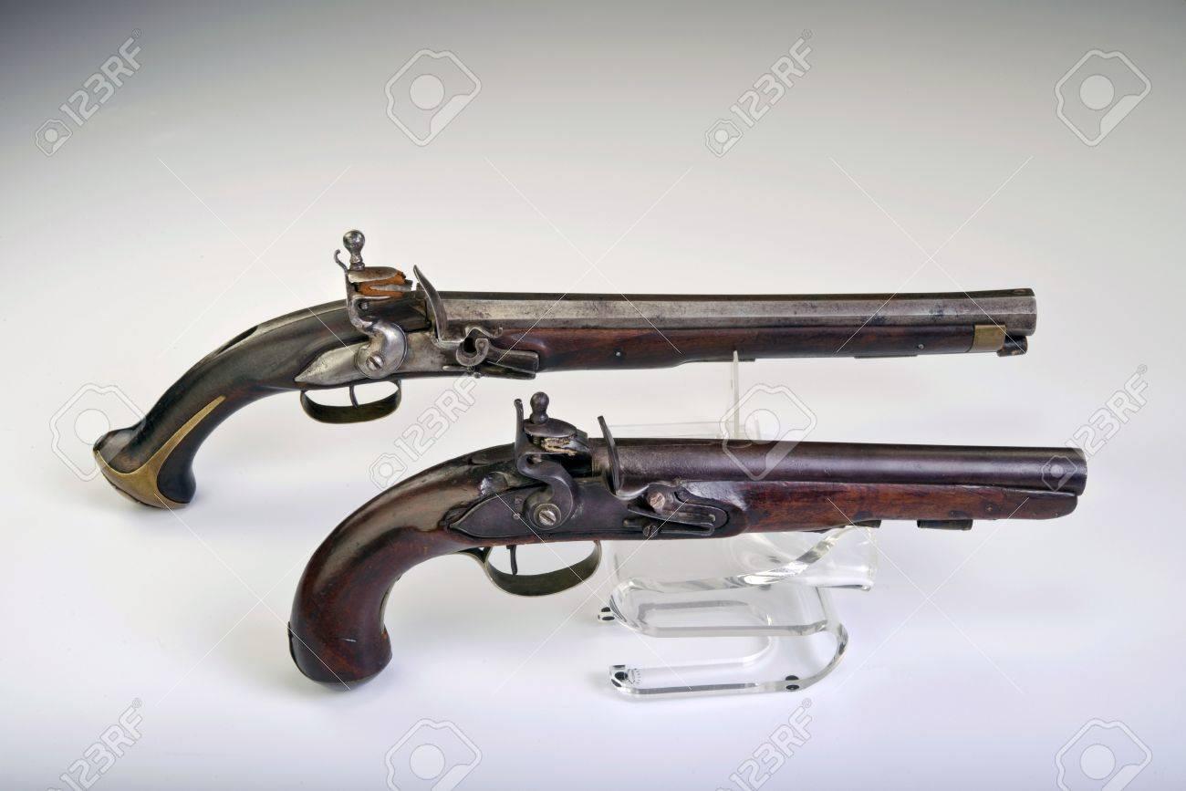 French and English flintlock pistol made around 1800 Stock Photo - 18398734