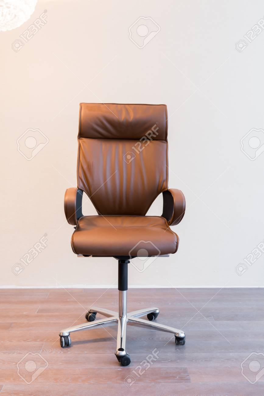 les en des jambes confortable brillantes et sièges de bureau cuir avec Chaise 8O0nPXkw
