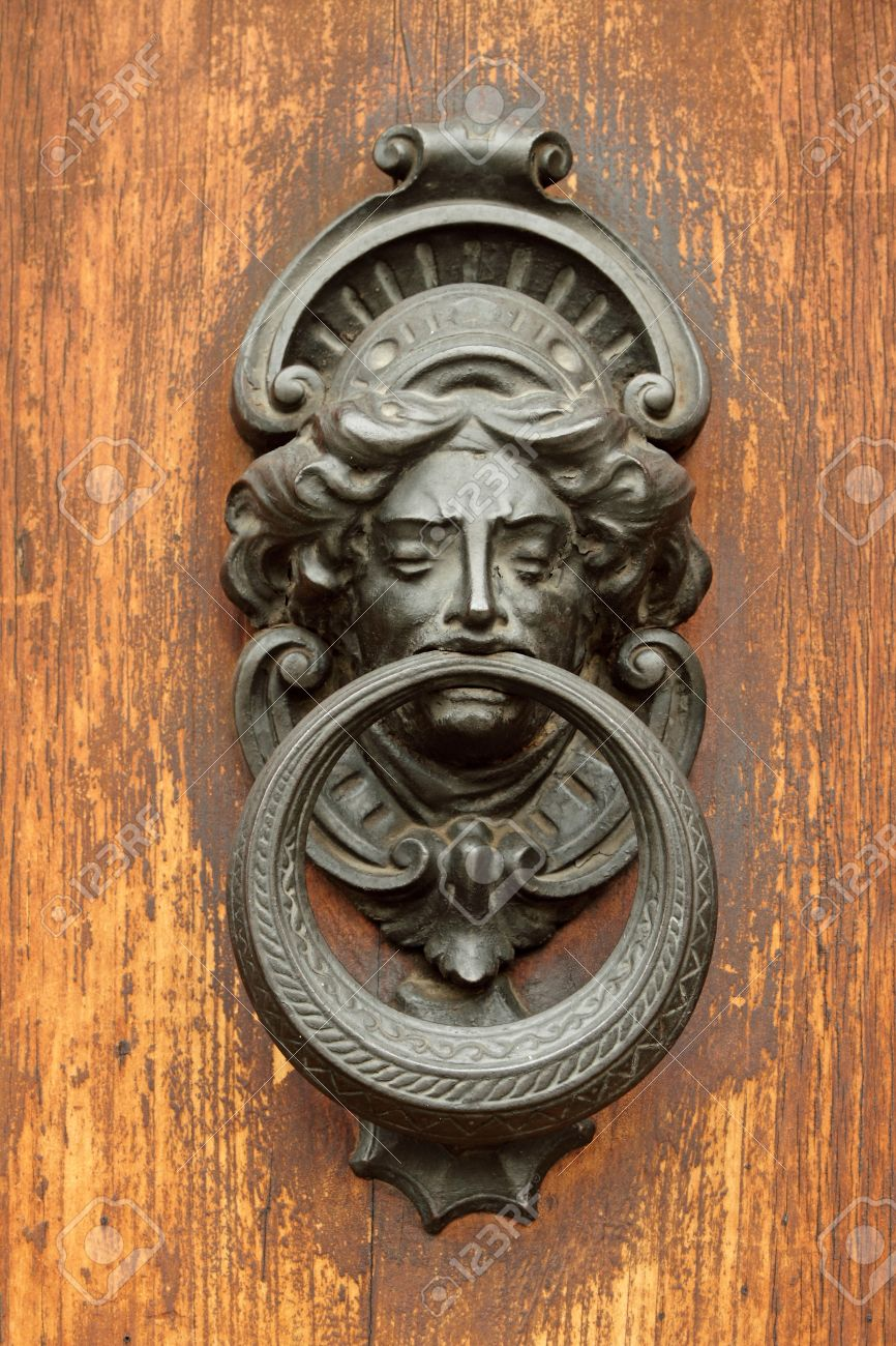 Stock Photo - vintage door knocker in Tuscany, Italy, Europe - Vintage Door Knocker In Tuscany, Italy, Europe Stock Photo, Picture