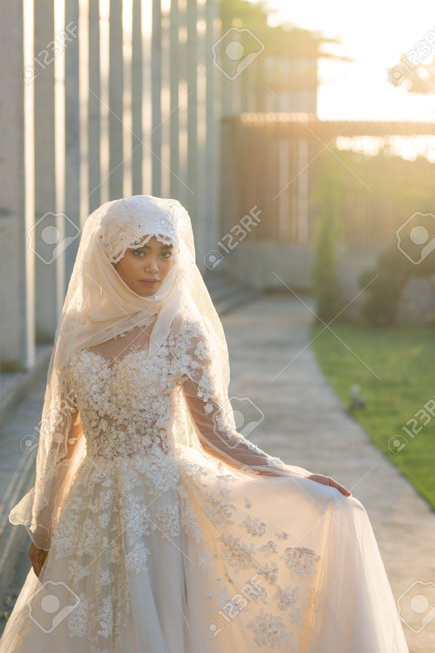 Portrait Of A Beautiful Muslim Bride With Make Up In White Wedding Stock Photo Picture And Royalty Free Image Image 85002564