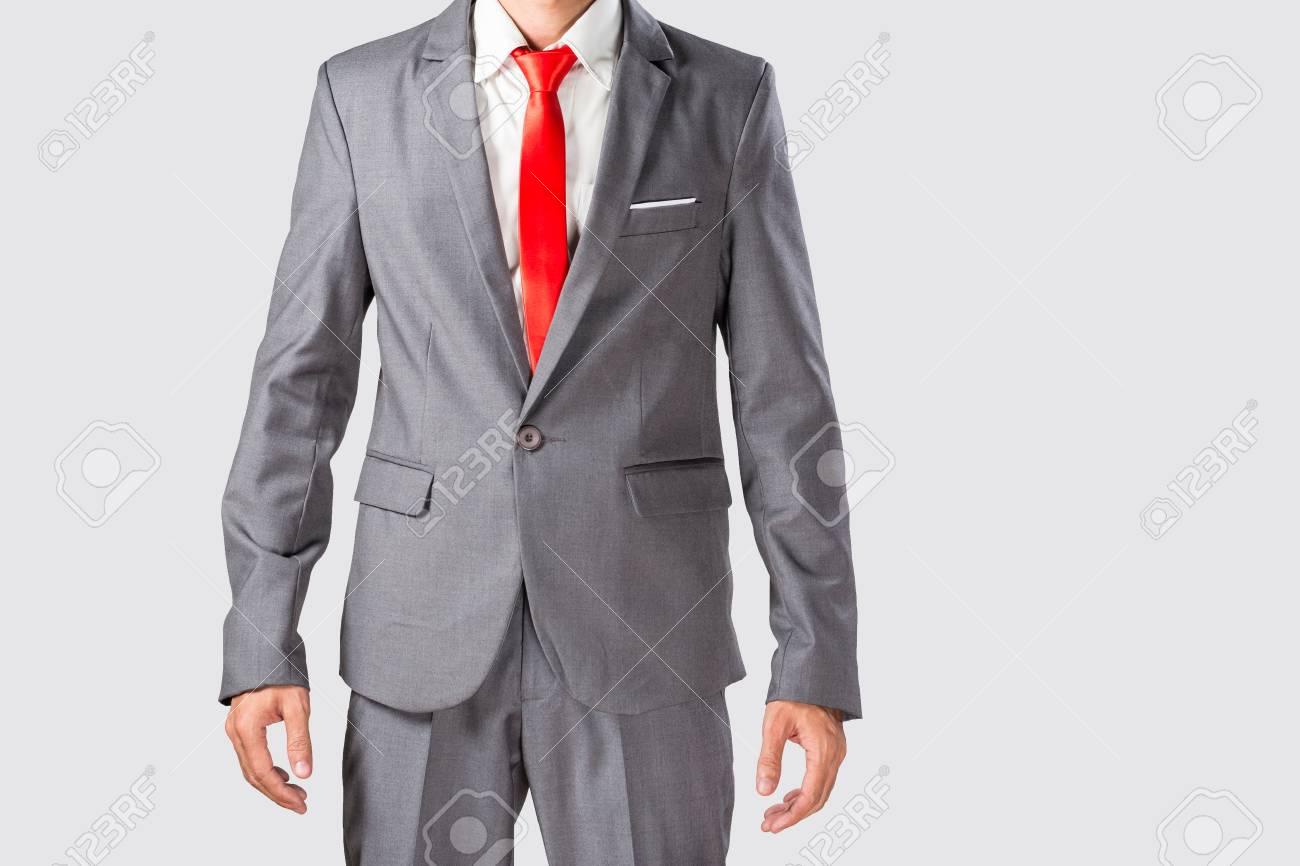 6238d89cf5ba1 Foto de archivo - Traje gris hombre de negocios asiático en traje barato