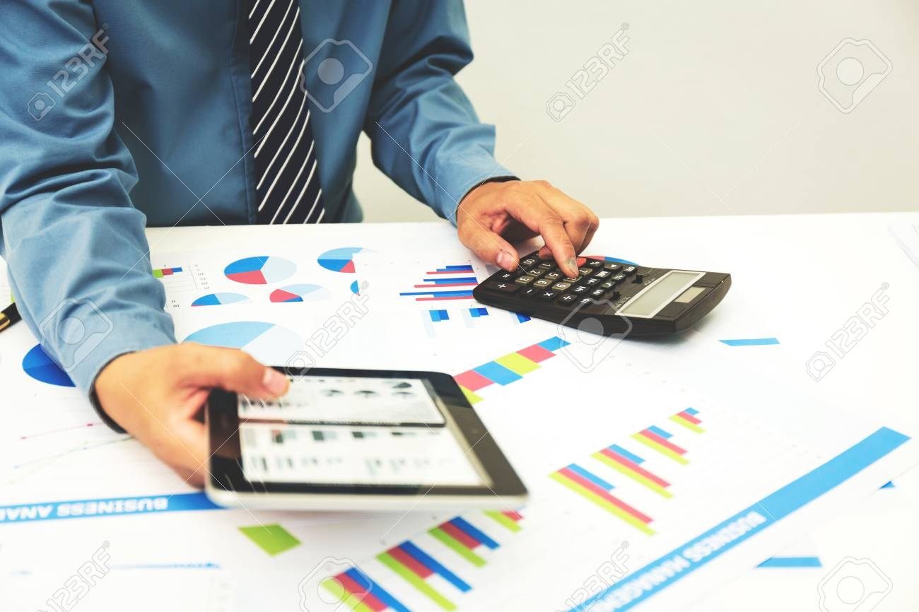Self employed tax software calculates income tax liability.