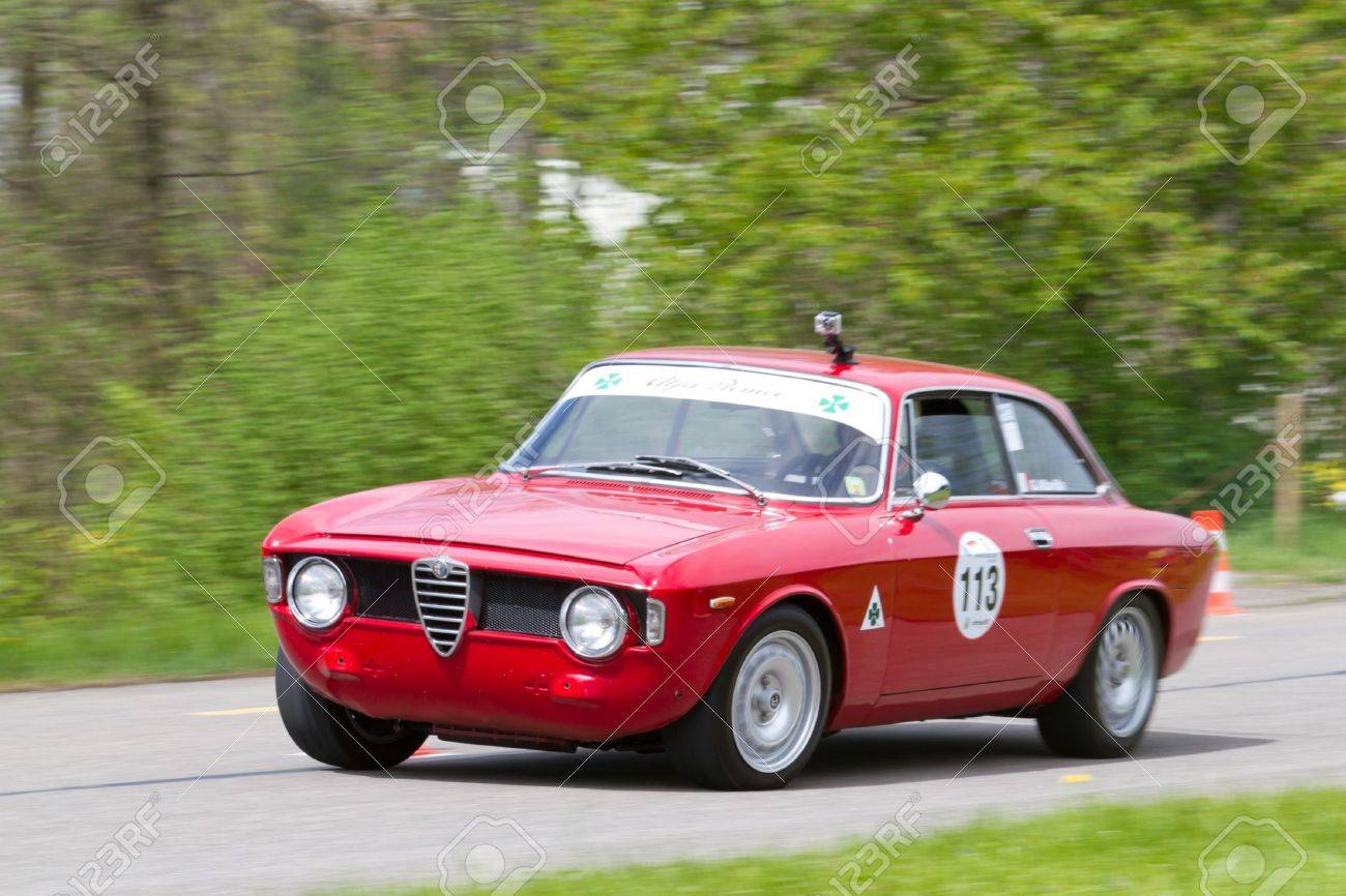 Vintage Alfa Romeo >> Mutschellen Switzerland April 29 Vintage Race Touring Car Alfa