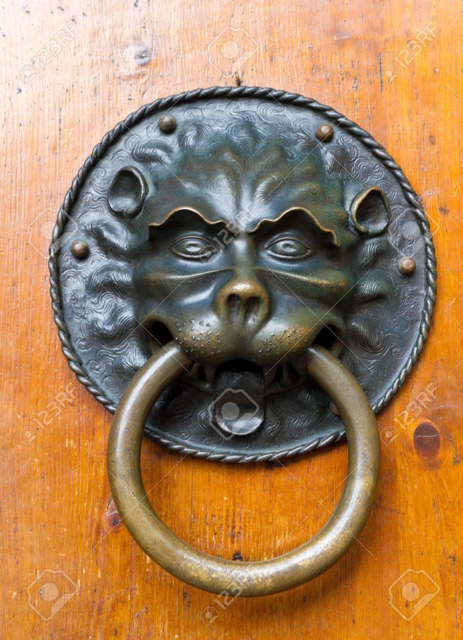 Large Vintage Lion Shaped Metal Ring Door Knocker Stock Photo   16851651