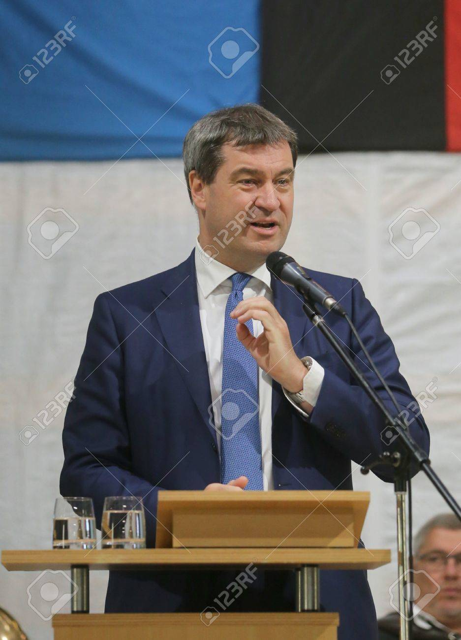 May 15, 2017 - Munich, Germany - Markus Soeder, CSU, Bavarian Minister of State for Finance, for Country Development and Home at a topping-out ceremony of a government building Standard-Bild - 86160245