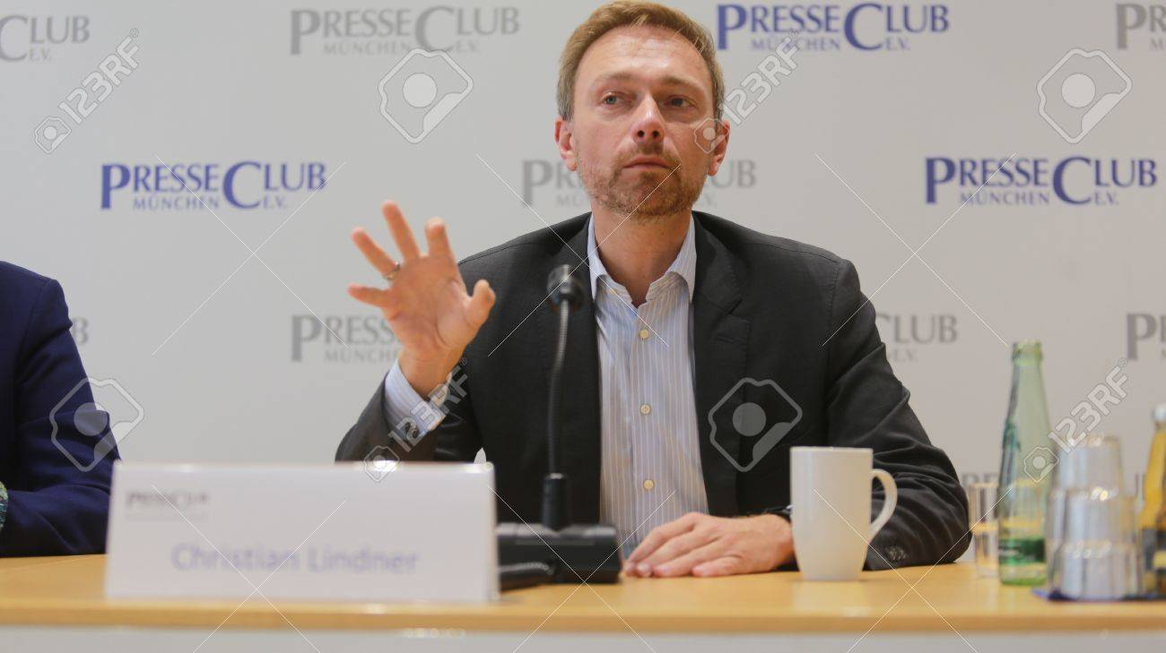 September 19, 2017 - Munich, Germany - Christian Lindner, top candidate FDP party to the 2017 Bundestag elections visiting International PressClub Munich Standard-Bild - 86344119