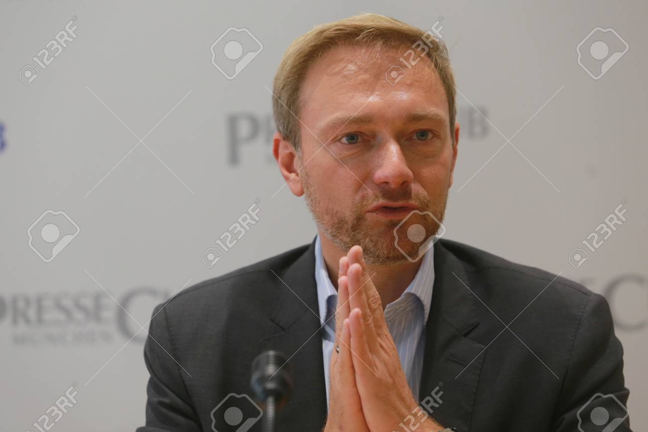 September 19, 2017 - Munich, Germany - Christian Lindner, top candidate FDP party to the 2017 Bundestag elections visiting International PressClub Munich Standard-Bild - 86344122