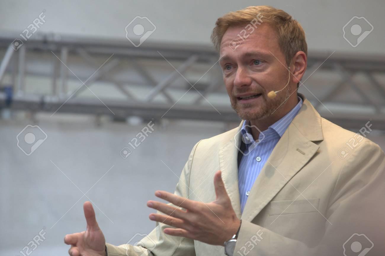 September 19, 2017 - Munich, Germany - Christian Lindner, top candidate FDP party to the 2017 Marienplatz in Munich Standard-Bild - 86344166