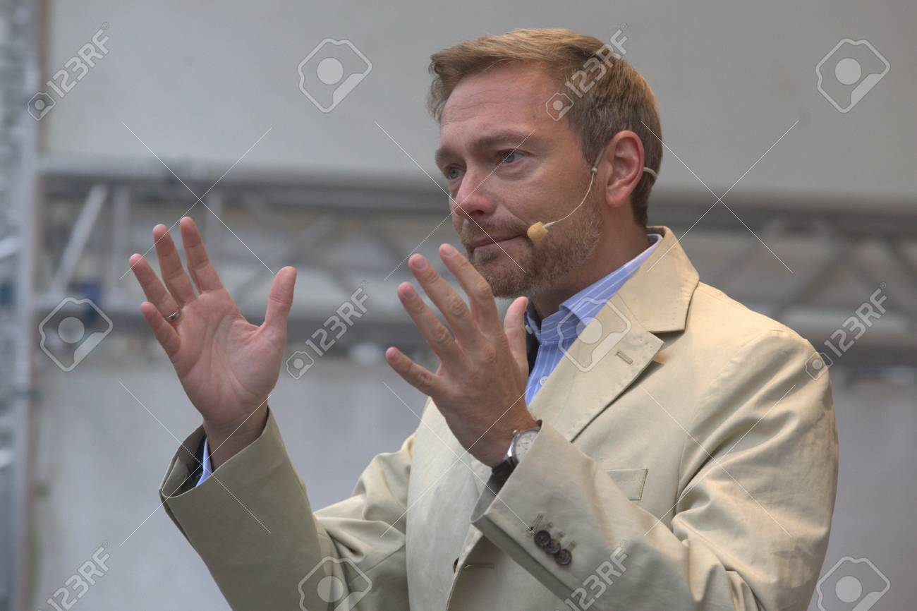 September 19, 2017 - Munich, Germany - Christian Lindner, top candidate FDP party to the 2017 Marienplatz in Munich Standard-Bild - 86344168