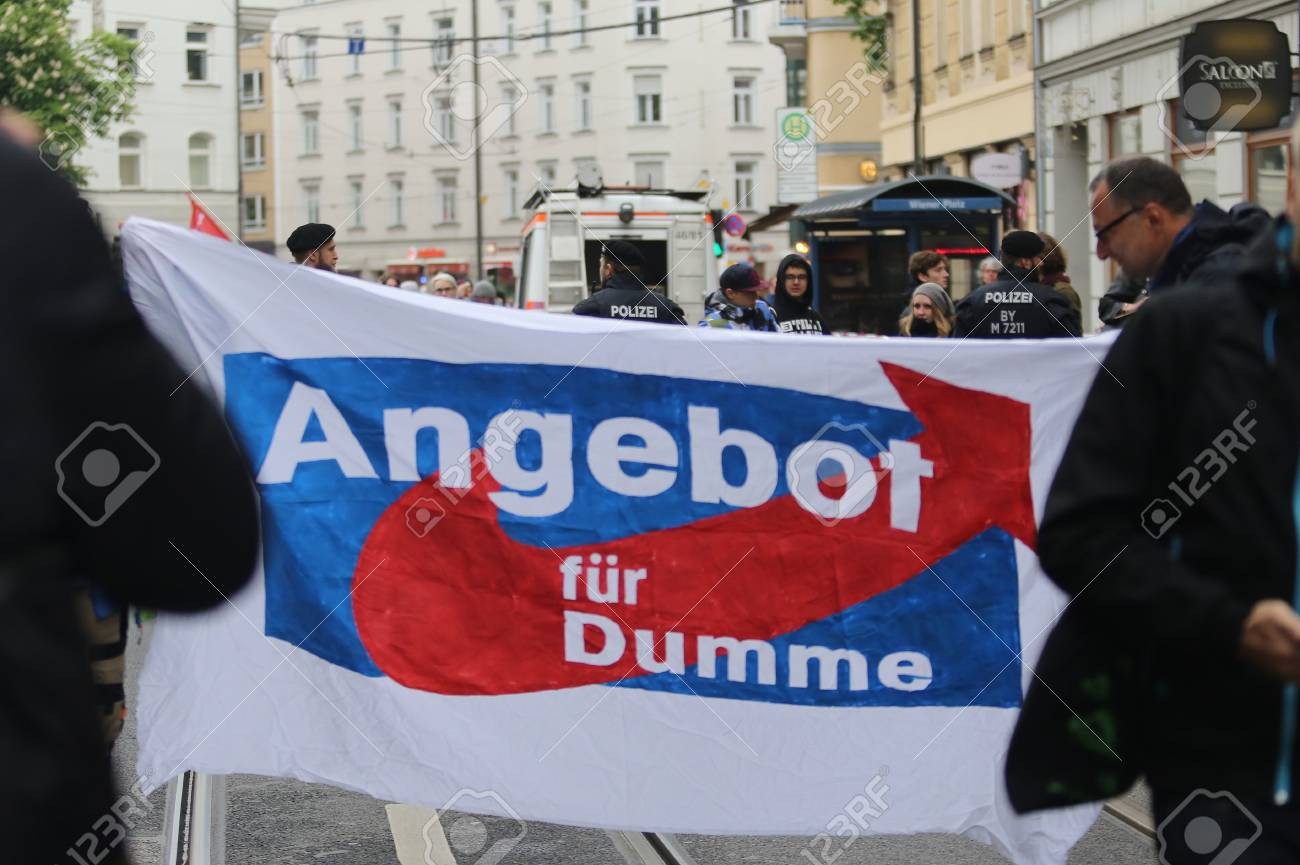 May 2016, 15 - Munich, Germany, protesters against right-wing party AFD showing transparent: AFD as Offer For the Stupid Standard-Bild - 86348023