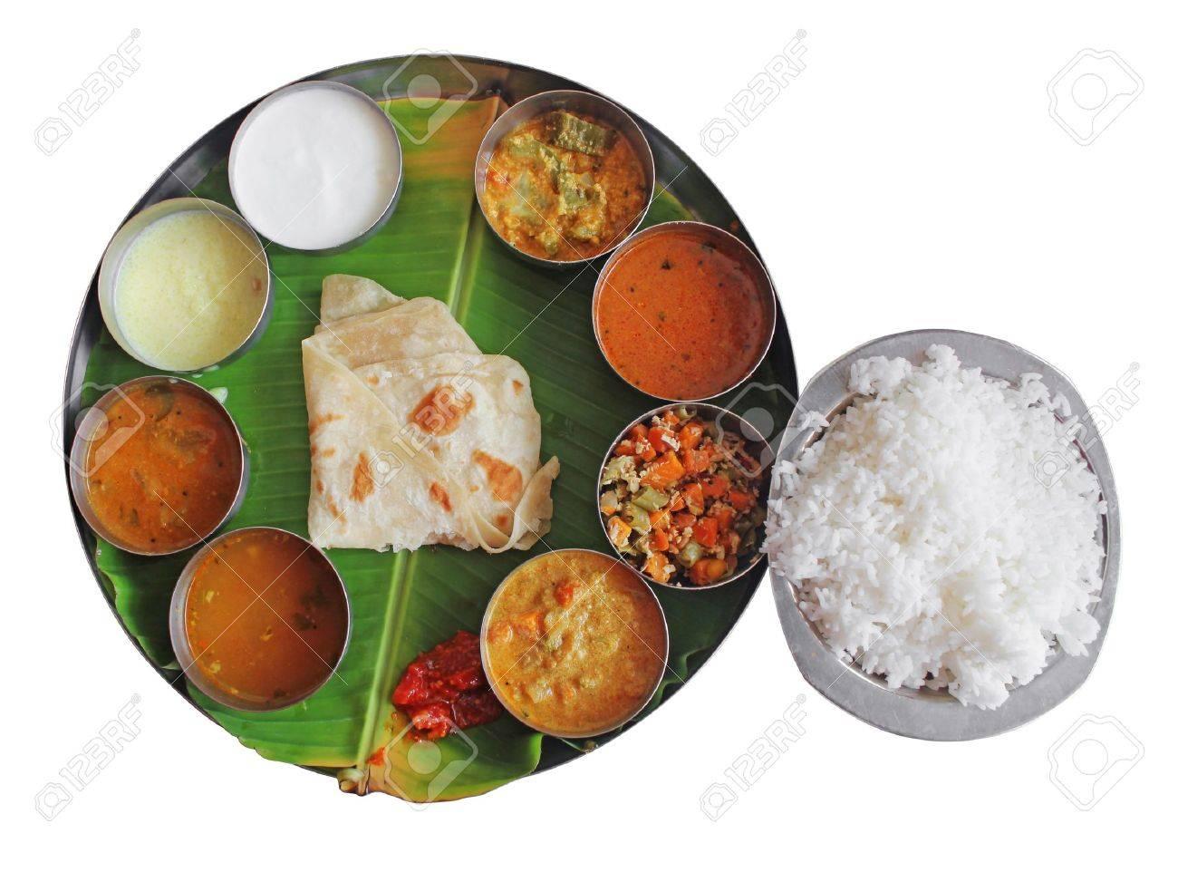 Südindischen Teller Essen Auf Bananenblatt Isoliert Auf Weiß ...