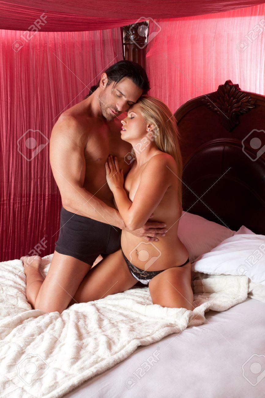 Girls bent over short skirts ass