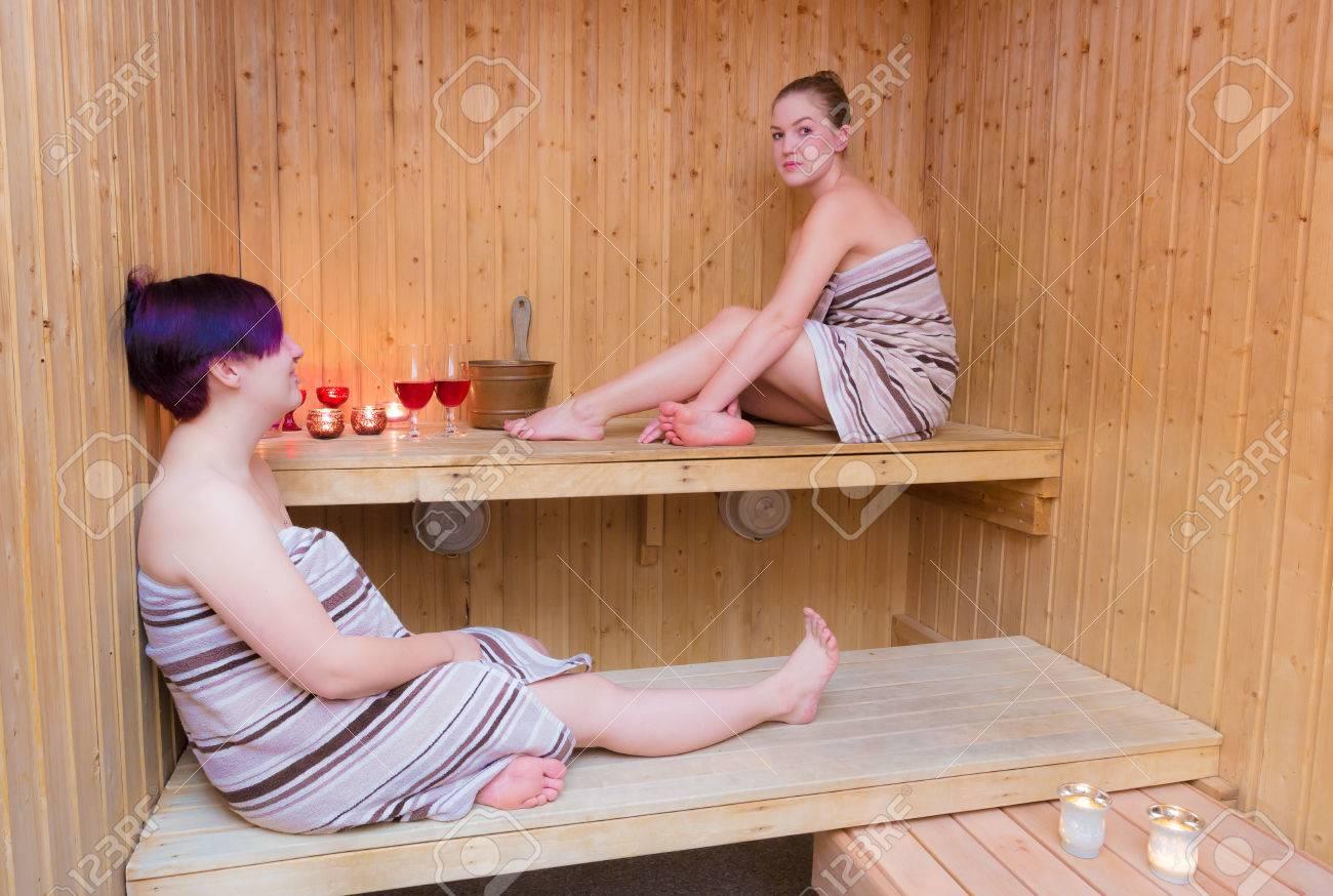 Фото голых баб за 50 в бане, Голые девушки в бане - красивые русские бабы 16 фотография