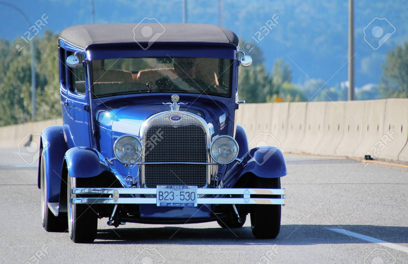 A Vintage Car Is On Its Way To The Fraser River Heritage Park ...
