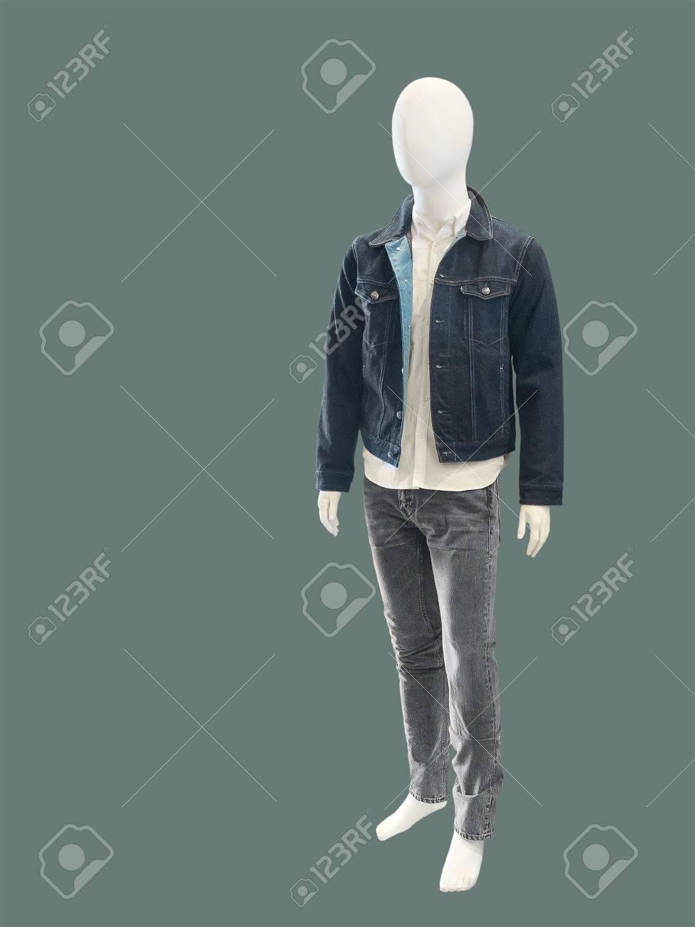 Prendas De Vestir Elegante Y Contemporáneo De La Moda En Maniquí Masculino Aislado No Hay Nombres De Marca U Objetos De Derechos De Autor