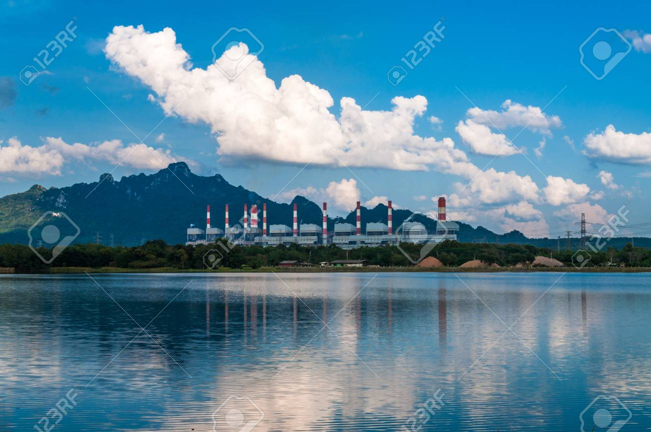 Mae Moh coal power plant in Lampang, Thailand. Stock Photo - 16515458