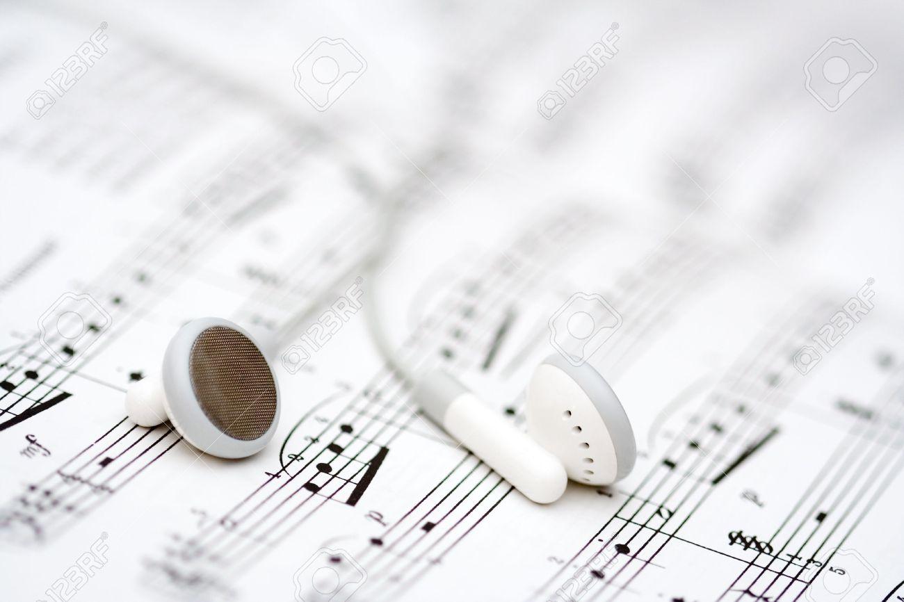 Imagenes De Musical Con Audifonos Pioneer Presenta Sus Nuevos