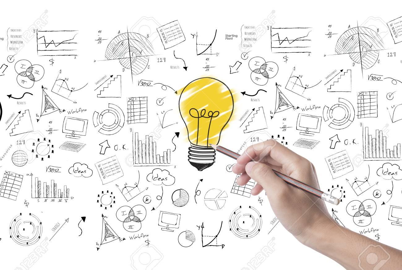 Hand Zeichnen Glühbirne Auf Wand Hintergrund Konzept Für Neue Ideen