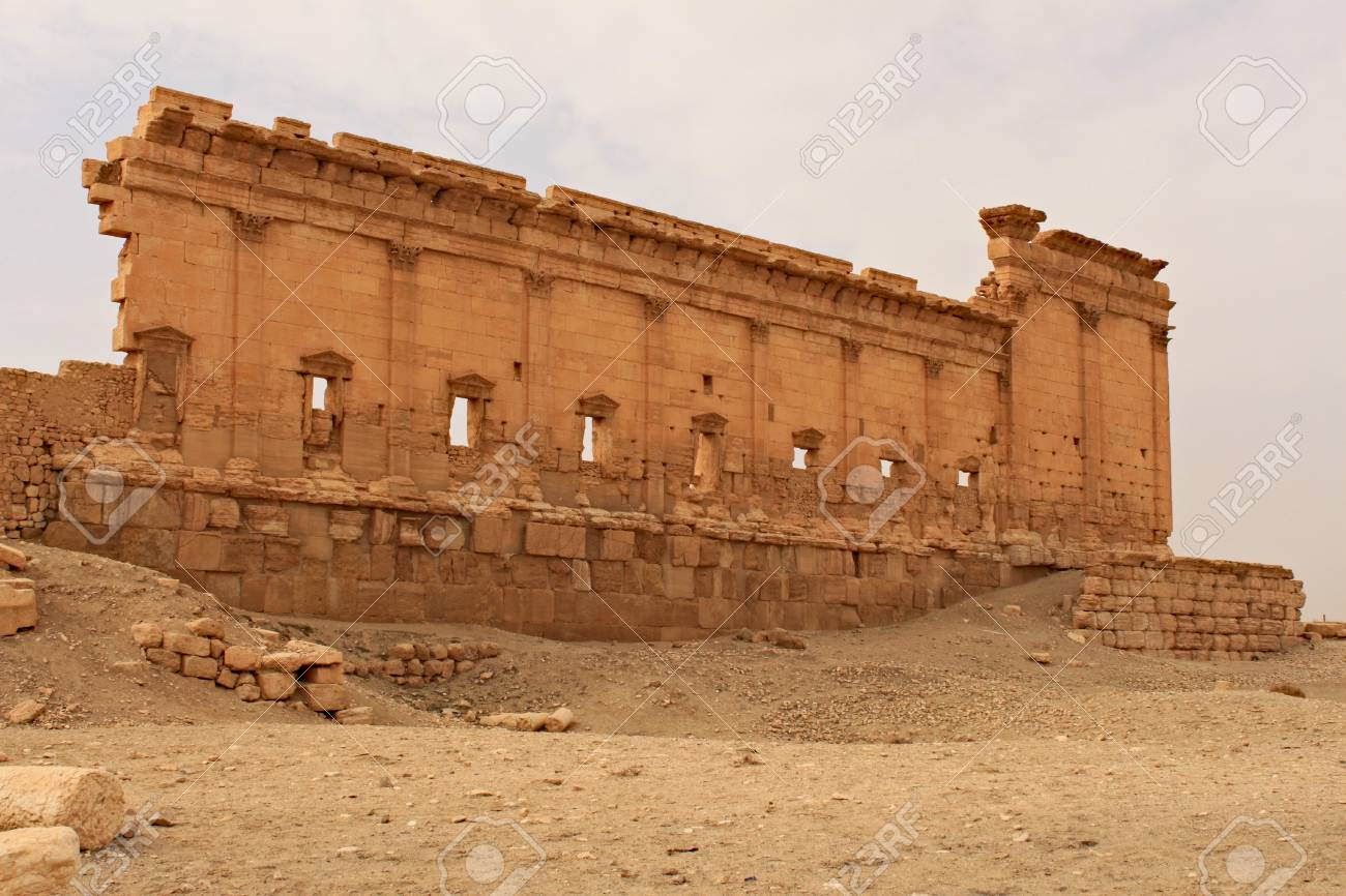 ruins of the ancient city of palmyra on syrian desert shortly