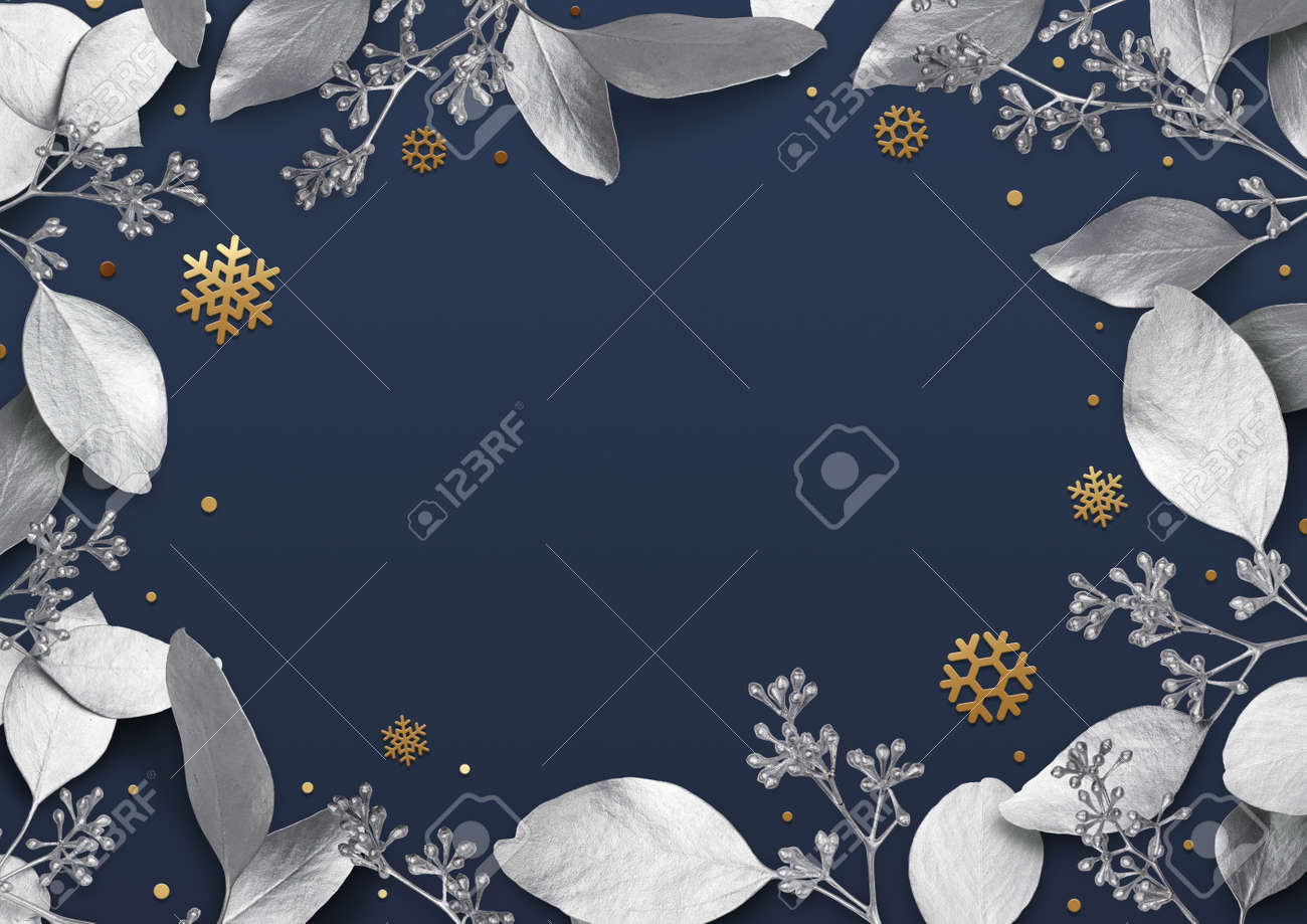 Christmas holiday background. Empty place for text in a frame of silver leaves and snowflakes. Design element for Christmas and New Year cards, banners. Top view. 3d illustration. - 150522736