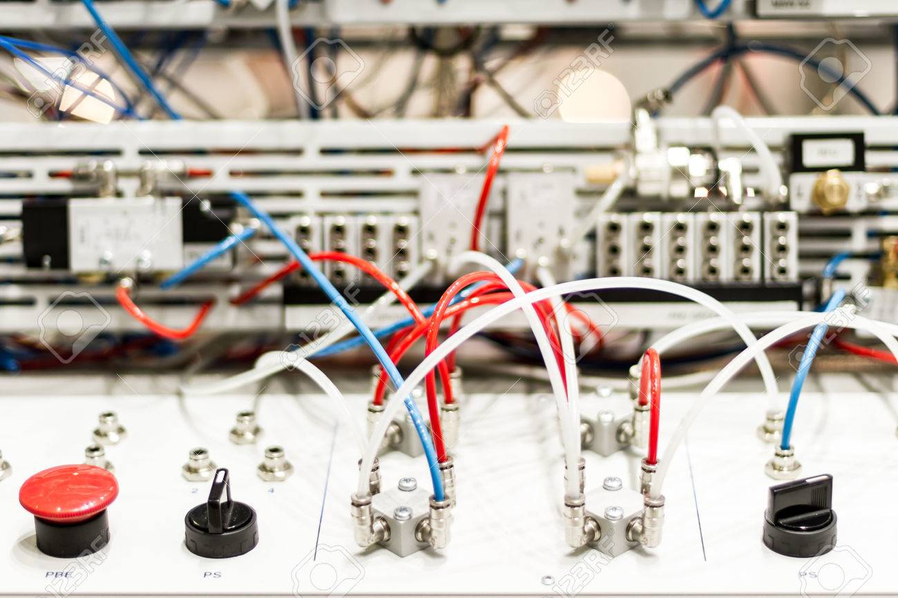 Modern and hi-tech microcontrollers for pneumatic pistons - 50658540