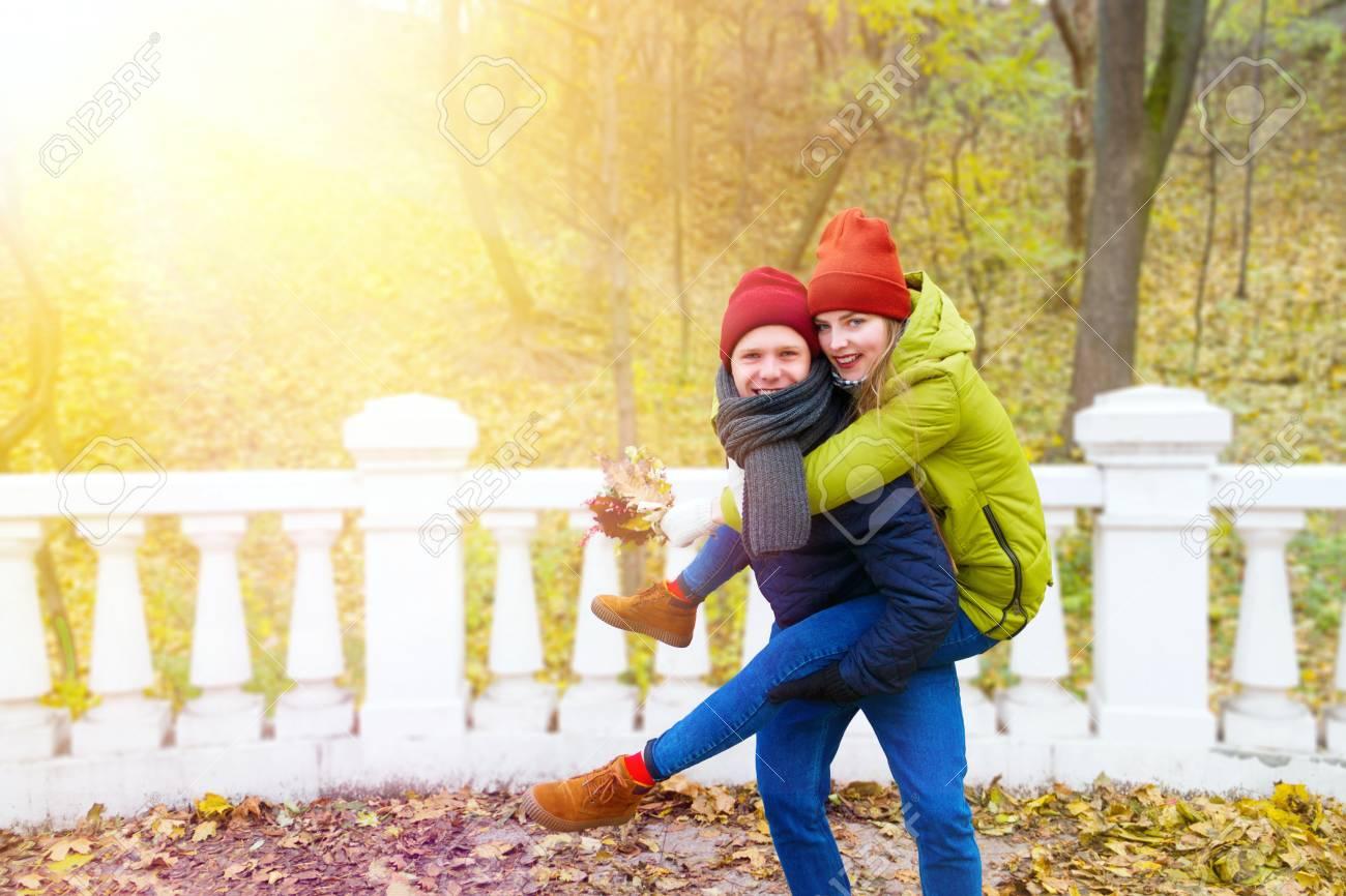 dating autumn