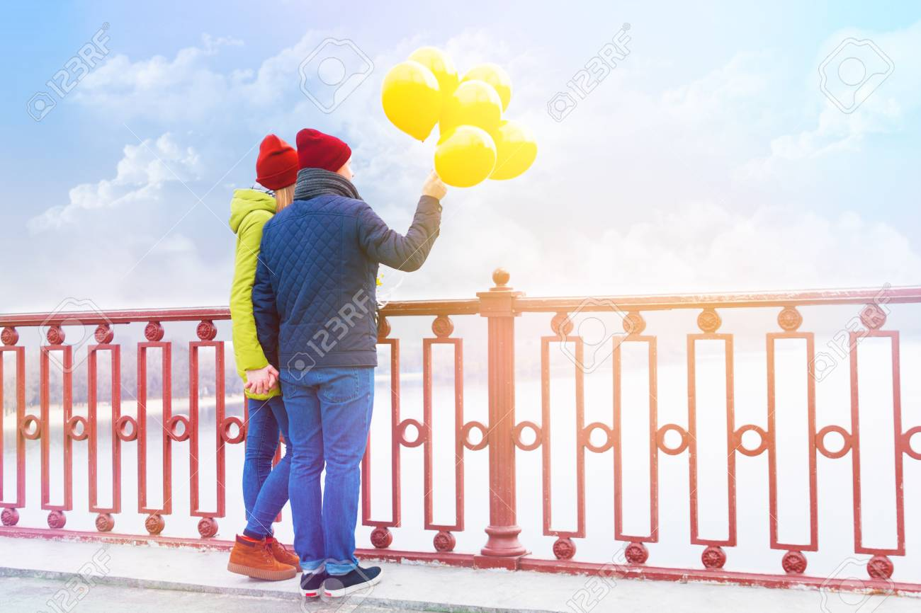 Dating with a balloon