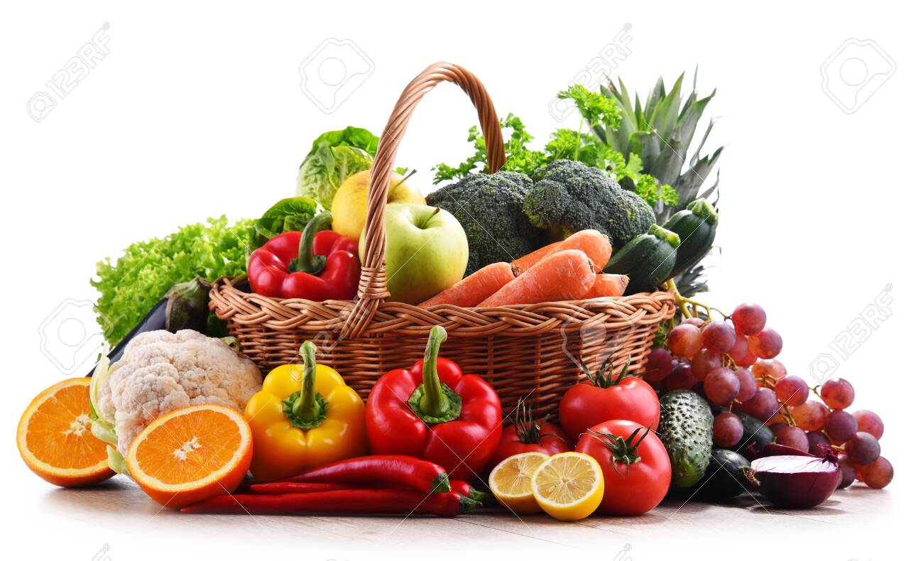 Composition with assorted organic vegetables and fruits. - 144801729