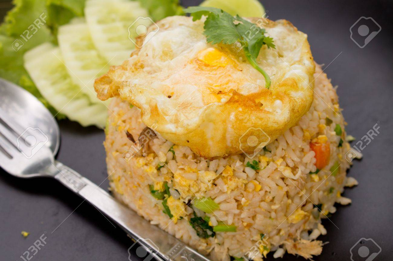 Crab fried rice with fried egg Stock Photo - 9708432