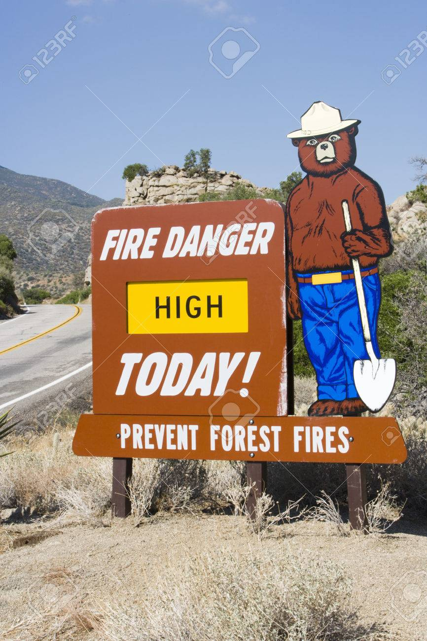 Forest fire sign Stock Photo - 4926113