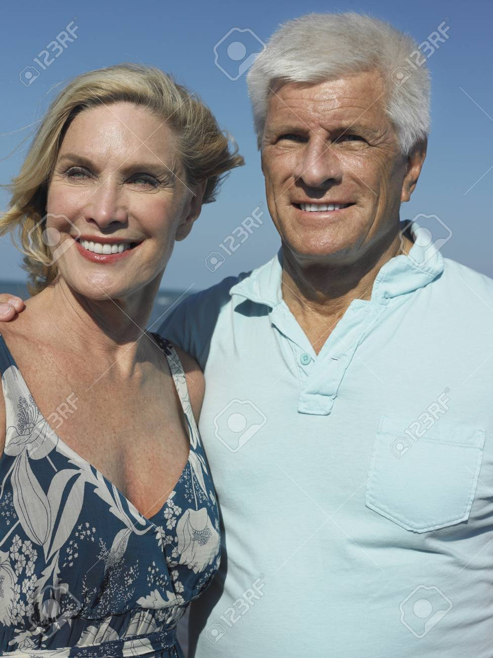 Senior Couple on Beach Stock Photo - 12513951