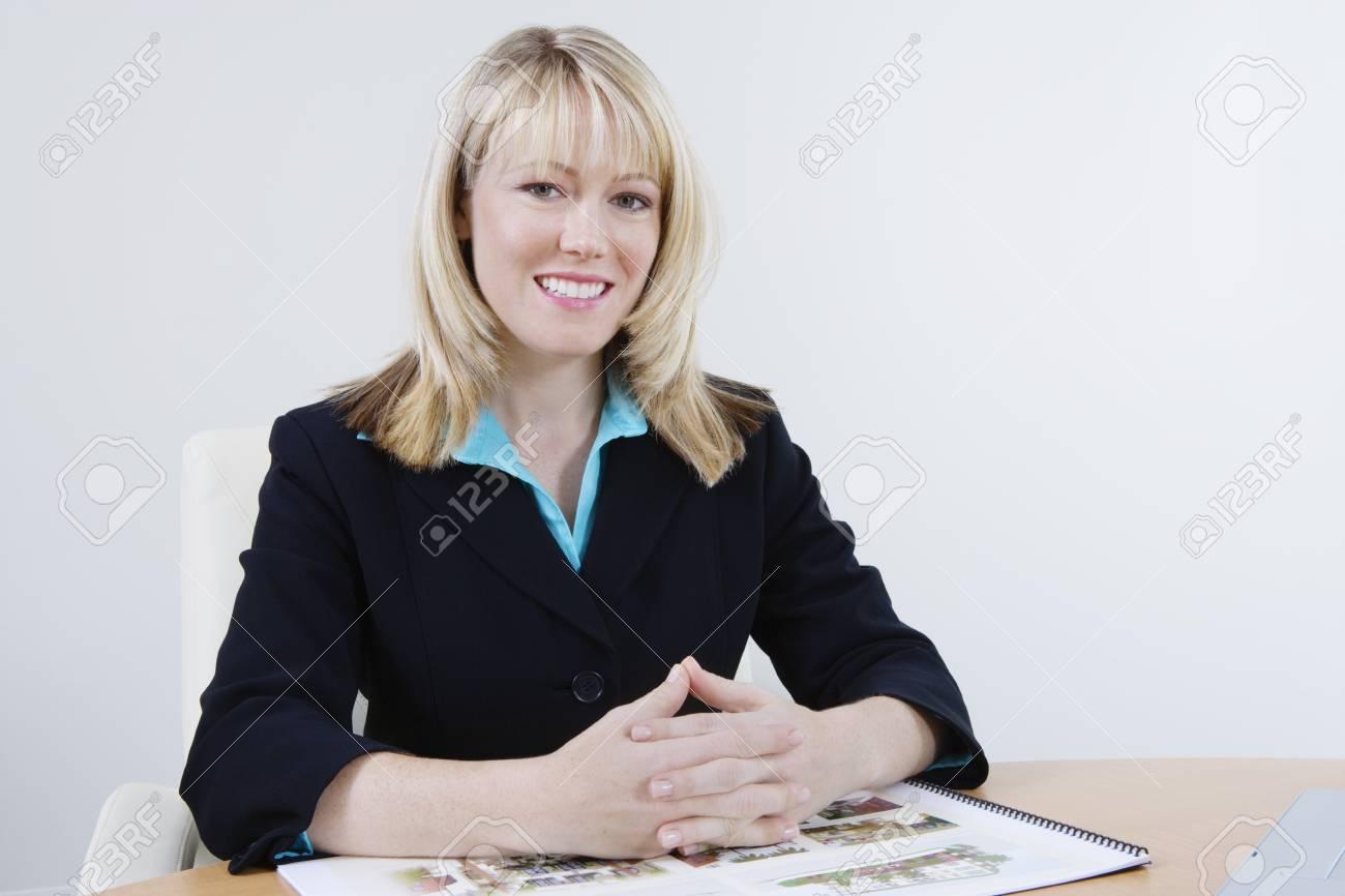 Businesswoman Stock Photo - 12548535